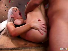 Stunningly Curvy Blonde Milf In Stockings Gives Wild Blowjob
