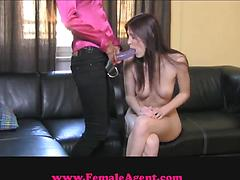 Lesbian sweeties fuck tight pussy holes with stapon